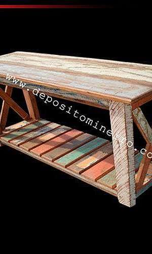 Aparador rústico de madeira