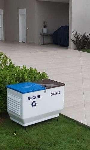 Cesto de lixo reciclavel residencial