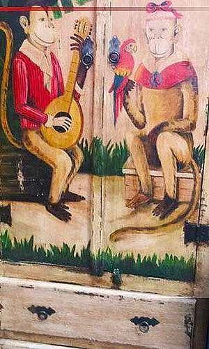 Guarda roupa de madeira rústica