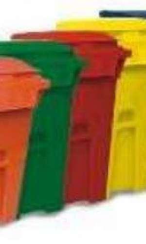 Kit de lixeiras para coleta seletiva