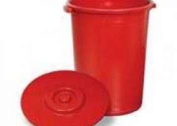 Lixeira com tampa Capão Redondo