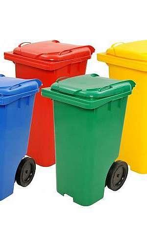 Lixeira de plástico em Goiás
