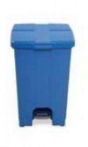 Lixeira plástica