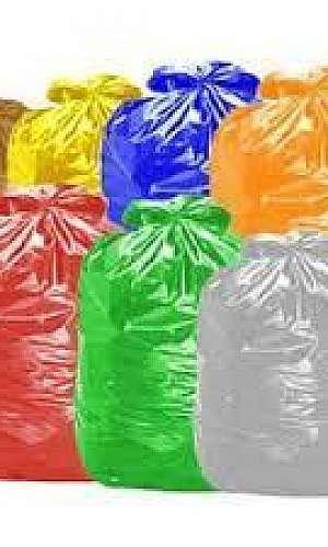 Saco de lixo colorido para reciclagem