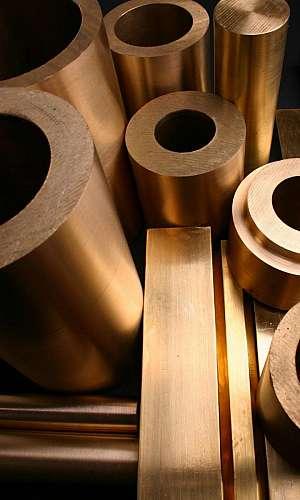 Tarugo quadrado de bronze
